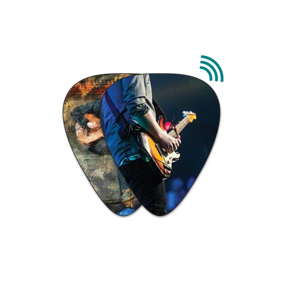 NFC-Chip in ein Gitarrenplektrum